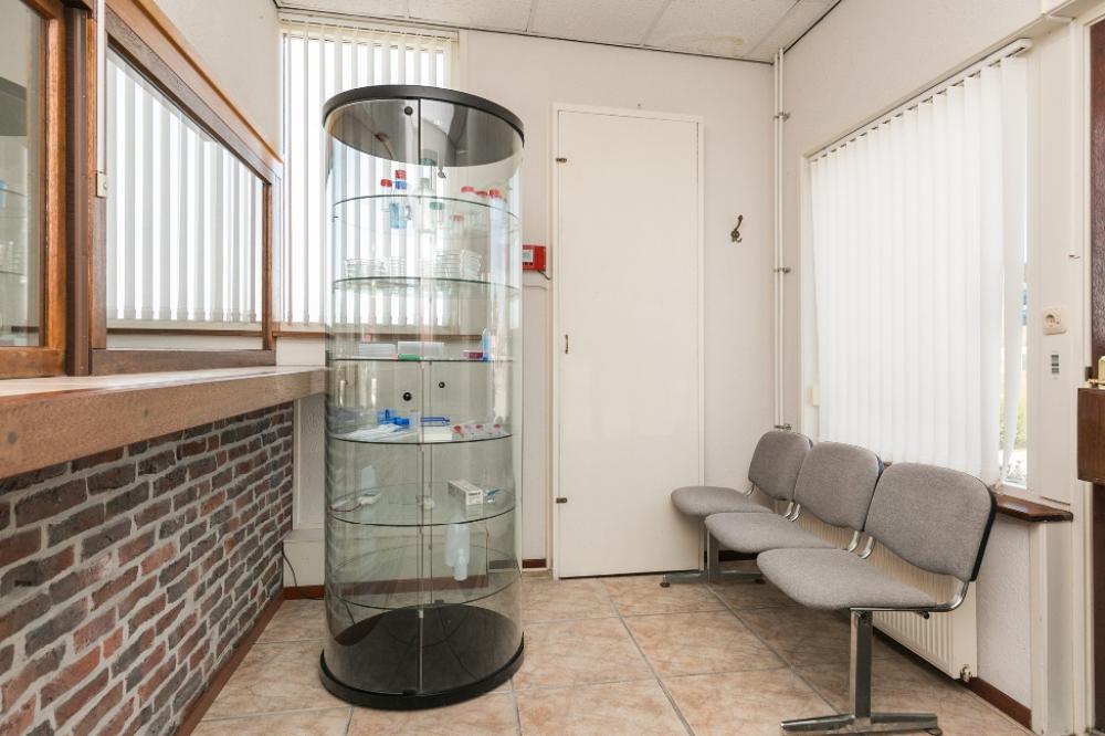37-kantoor-entree
